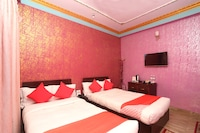 OYO 711 Hotel Mustang Plaza