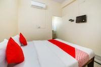 OYO 66726 Hotel Neel Kamal