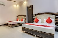 OYO 66744 Batra Hotel & Food Plaza
