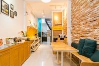 OYO 659 Sweet Home 1421