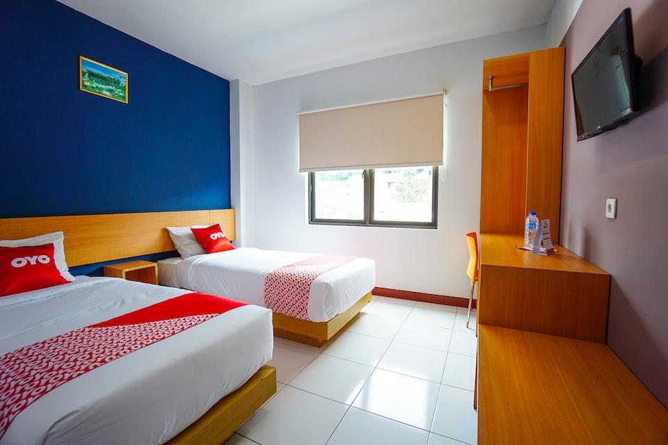 OYO 2515 D'karombasan Hotel