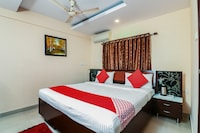 OYO 5485 Hotel Wellfare Marina