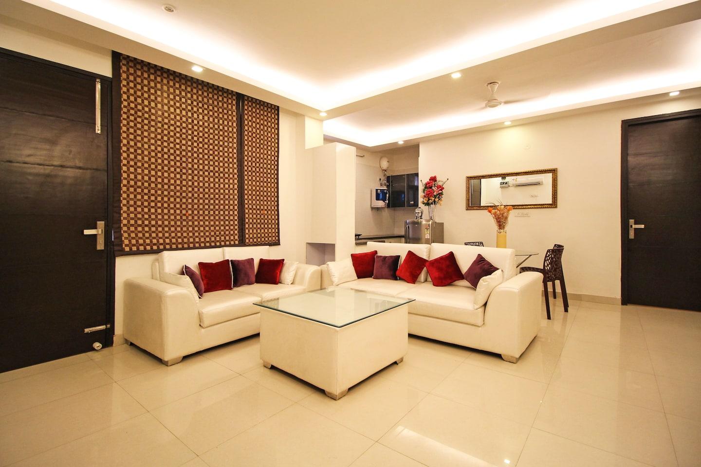 OYO Homes 558 Chattarpur Near Tivoli Lobby-1
