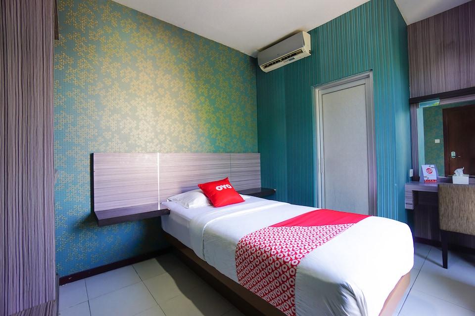 OYO 2526 Hotel D'komo