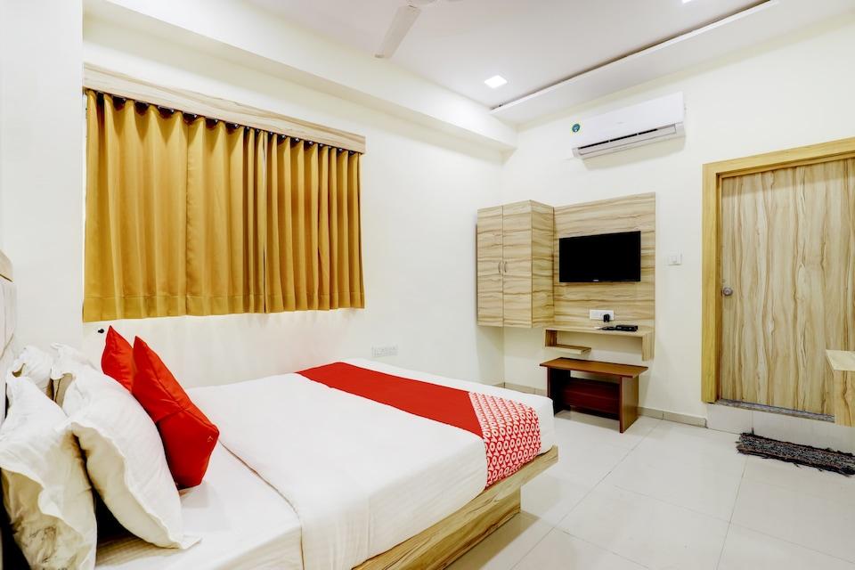 OYO 66904 Hotel Laxmi Villa, Kankaria-Maninagar Ahmedabad, Ahmedabad