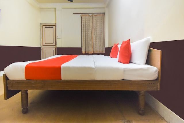 OYO 66920 Shikha Guest House