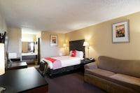 OYO Hotel Dodge City Regional Airport
