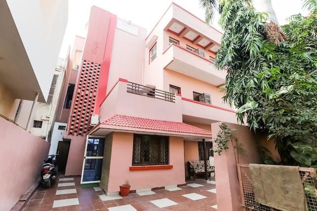 SPOT ON 66976 Tirupati Guest House