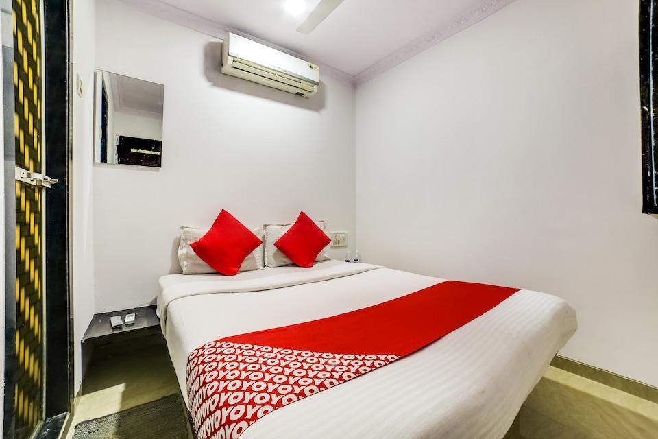 OYO 66982 Hotel Skyway Inn