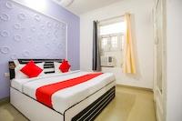 OYO 67026 Rao Residency