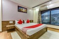 OYO 67032 Hotel Gaurav Palace