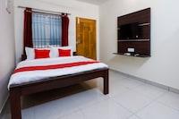 OYO 67036 Rr Residency