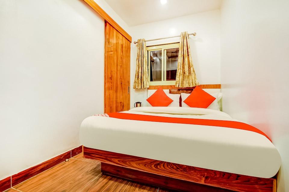 OYO 67039 Hotel Surya Inn