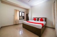 OYO 67045 Rahi Guest House