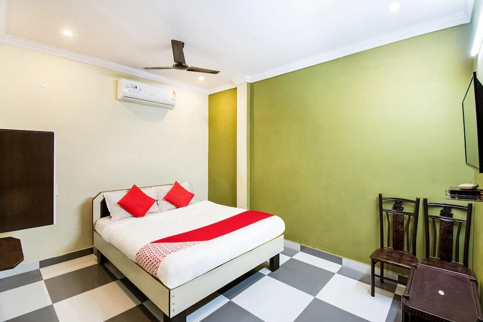 OYO 67055 Vihari Residence