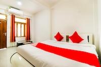 Capital O 67057 Arpit Hotel