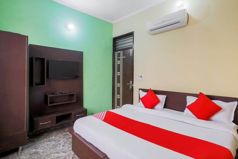 OYO 67097 Rs Guest House