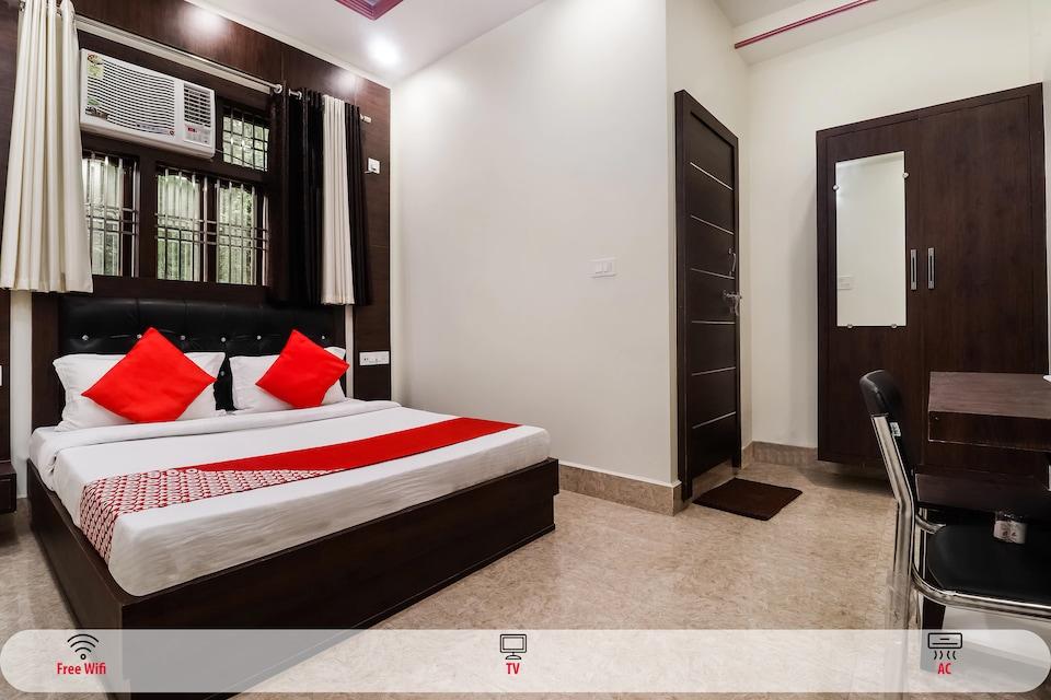 OYO 67128 Ashok Villa