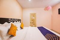 SPOT ON 67135 Criysta Hotel  SPOT