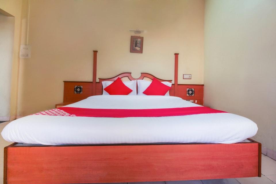 OYO 67147 Hotel Laxmi Palace