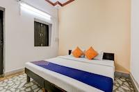 SPOT ON 67161 Parsavnath Hotel SPOT