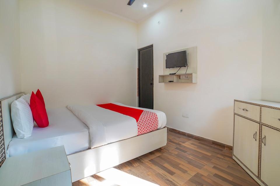 OYO 67163 Anantham Residency, Tapowan Rishikesh, Rishikesh