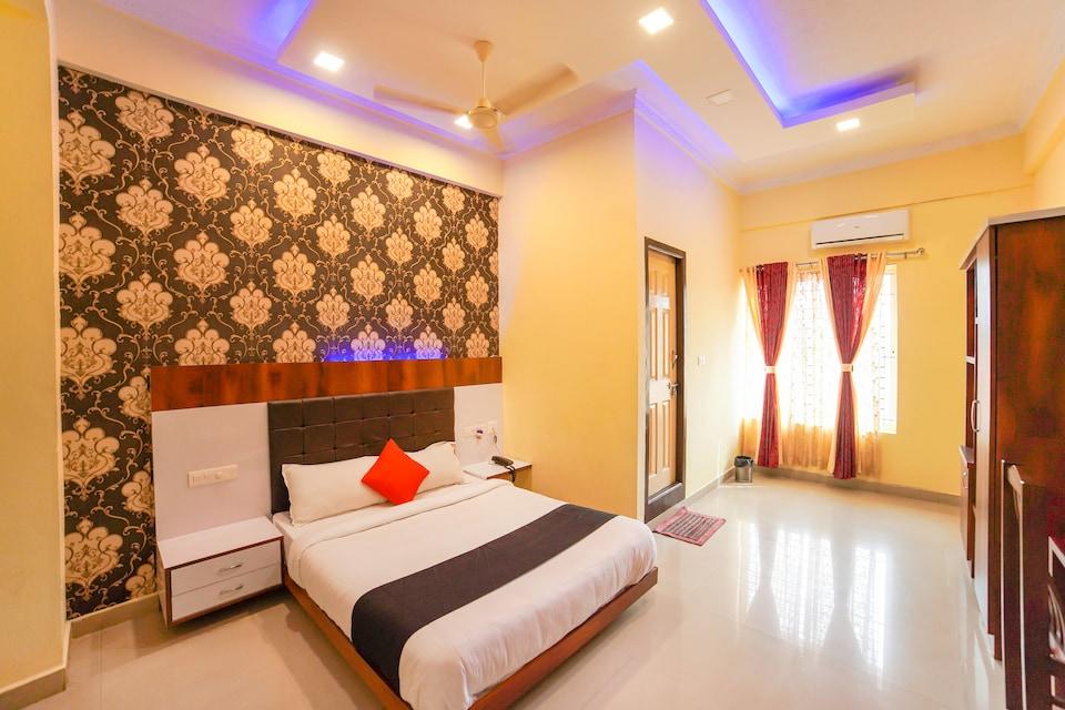 Capital O 67218 Hindustan Lodge