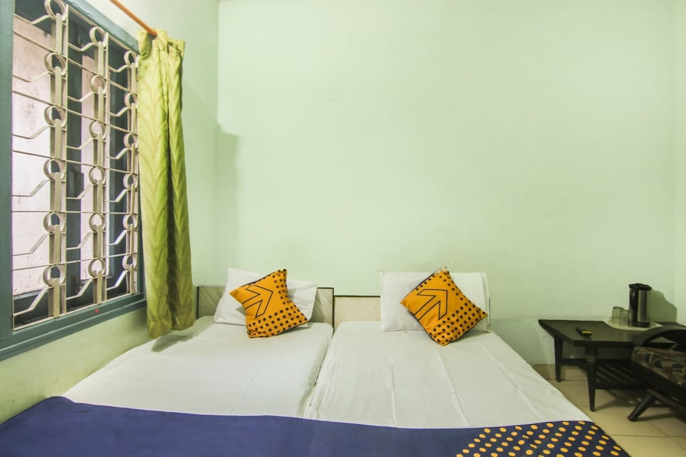 SPOT ON 67231 Hotel Vishvabharti