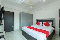 OYO 67252 Royal Suites