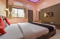 Capital O  67296 Hotel S Park Inn Deluxe