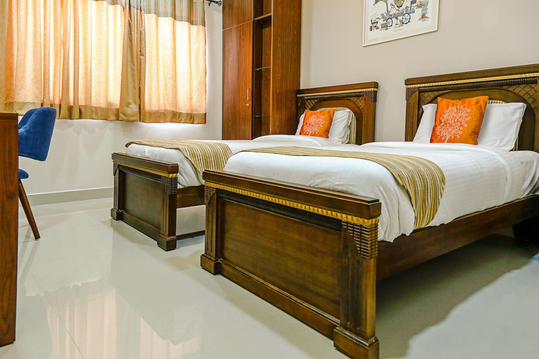 OYO 5526 Madras Inn Alwarpet -1