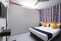 SPOT ON 67307 Hotel Ashish
