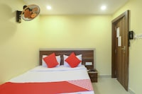 OYO 67309 Hotel Tuk Tuk Palace