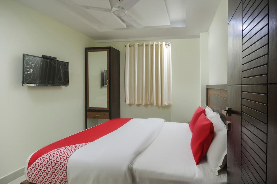 OYO 67338 Hotel Prakash