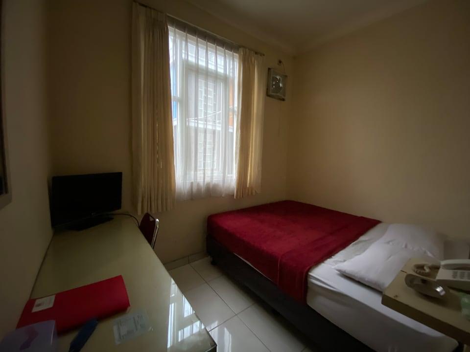 OYO 2554 Hotel Arimbi Lama Dewi Sartika