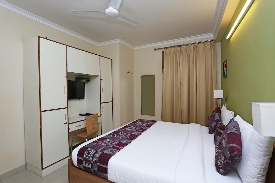 OYO 5533 Bafel Residency