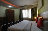 Capital O 67406 Hotel Glass Inn