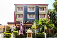 OYO 67438 Akash Residency NON