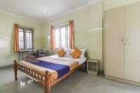 SPOT ON 67449 Dhiya Tourist Home SPOT