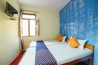 SPOT ON 67455 Hotel Rudra & Faimly Restaurant