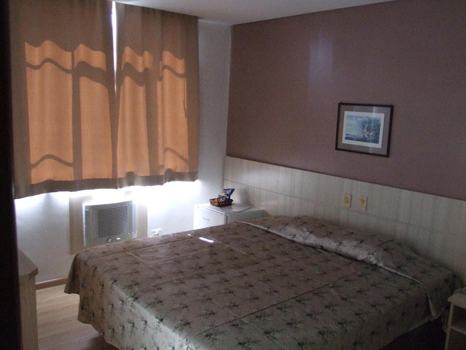 OYO Guaíra Palace Hotel