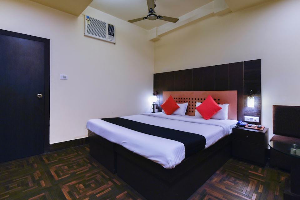 Capital O 67505 Hotel Me