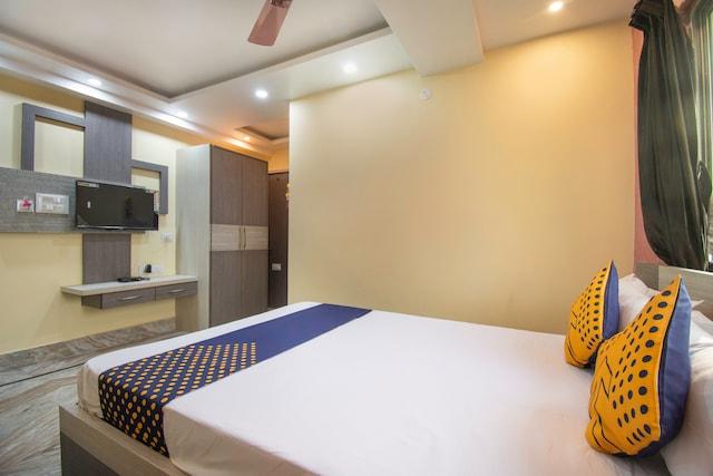 SPOT ON 67604 New Rajeshwari Lodge