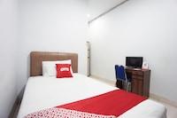 OYO 2566 Putri Kesia Rooms