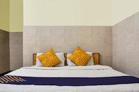 SPOT ON 67663 Hotel Maharaja