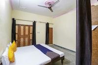 SPOT ON 67673 Hotel Kataria  SPOT