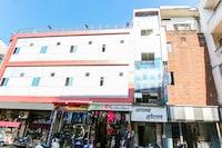 OYO 67678 Apna Hotel  NON