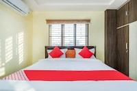 OYO 67762 Satya Kamala Residency