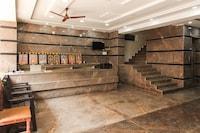 OYO 67796 Sree Guru Lakshmi Residency  Deluxe