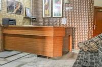 OYO 67811 Hotel Aman Palace Burail NON